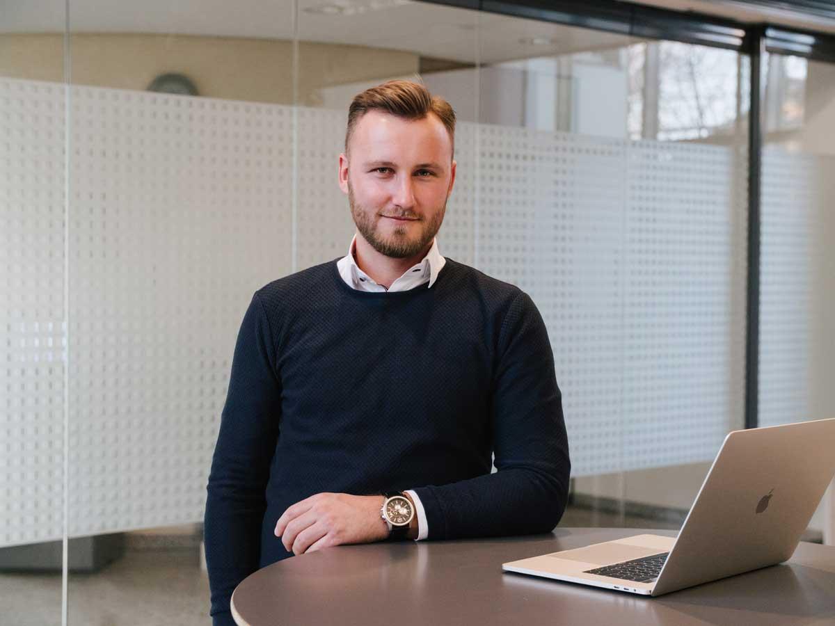 Maximilian Losch hilft Maklern, planbar an neue Verkaufs- oder Vermietungsaufträge zu kommen