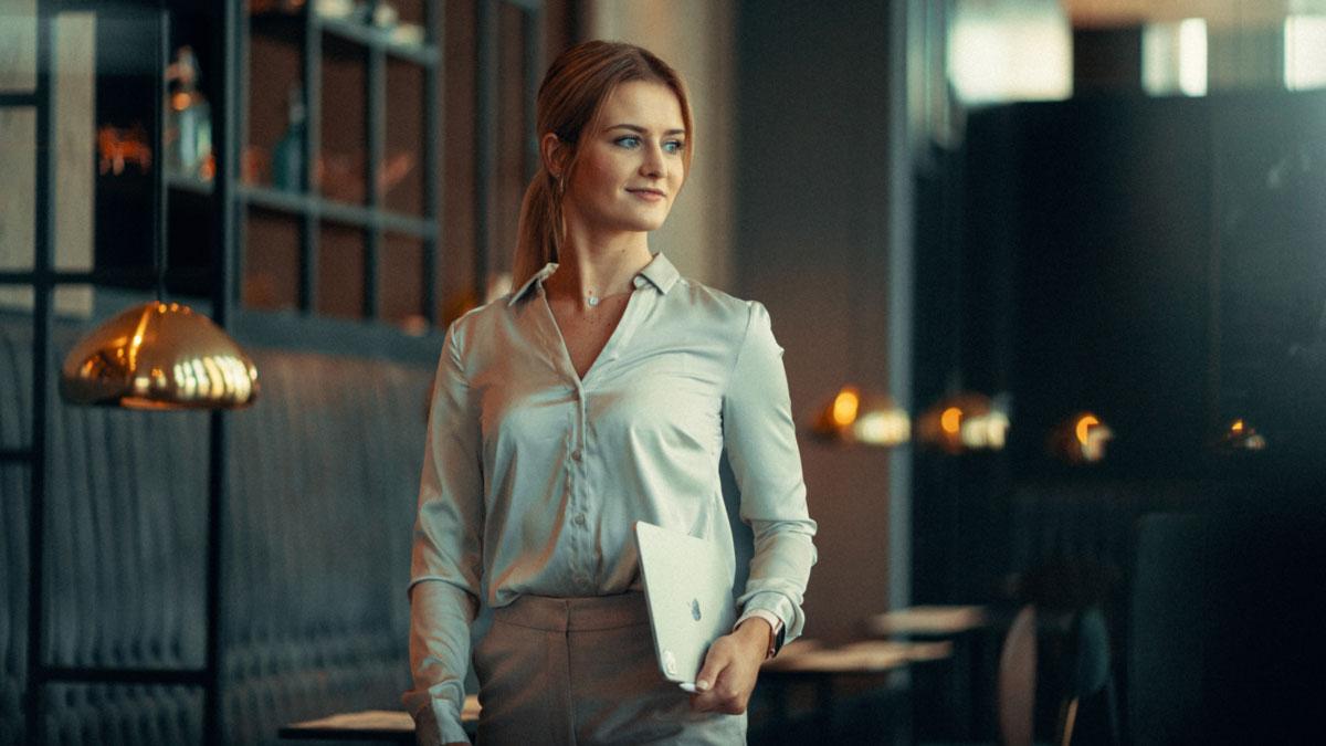 Charlene Hanschick von Sales by Women